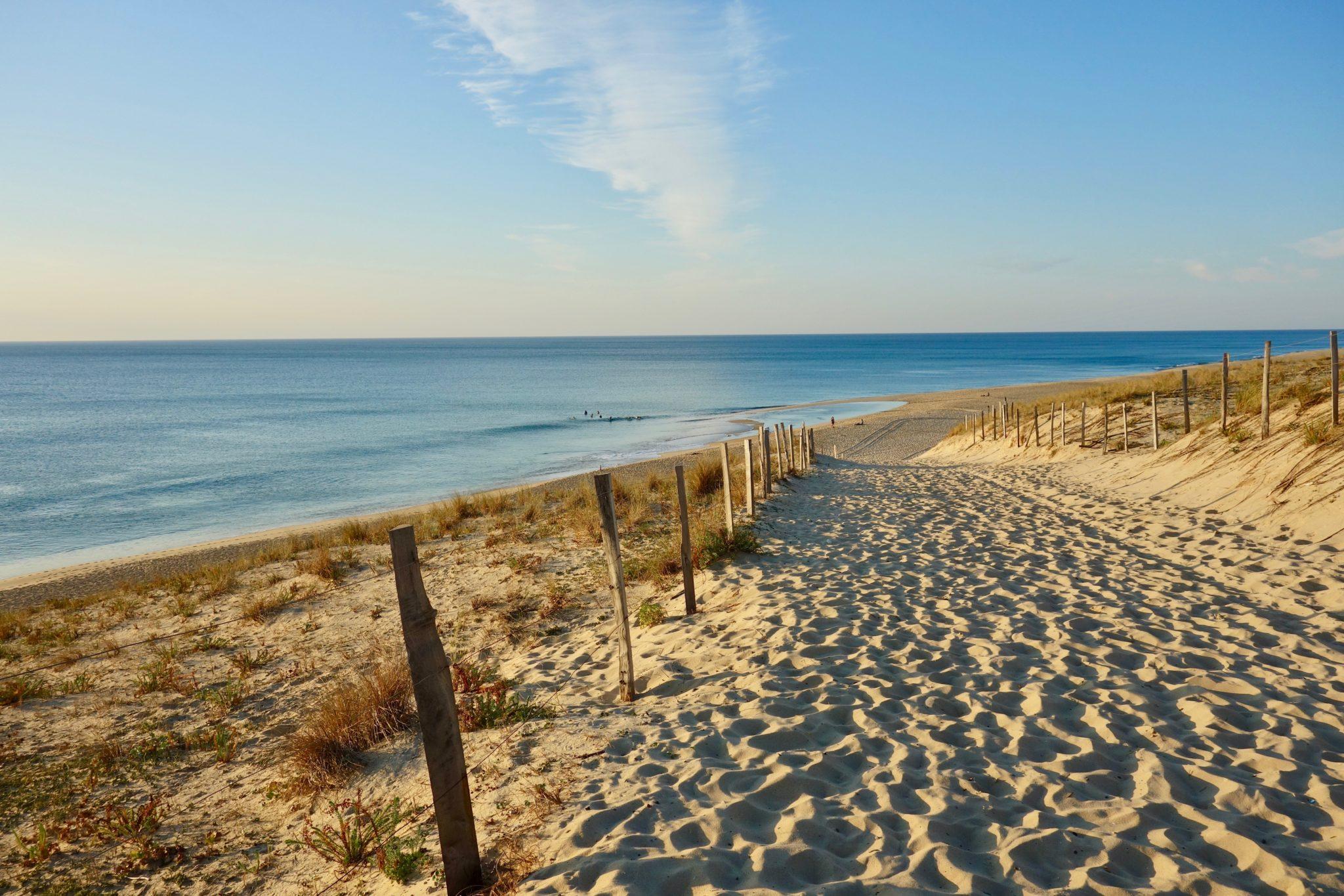 Zen à la plage sur la côte sud des Landes