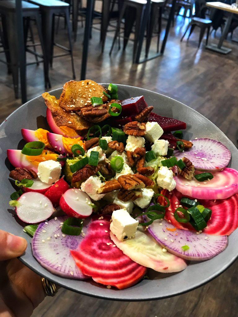 Salade-primavera-healthy-cafe-capbreton