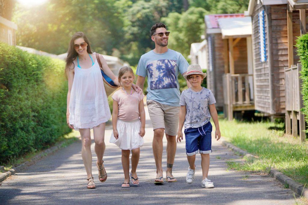 camping-sylvamar-labenne-5-etoiles-landes-balade famille