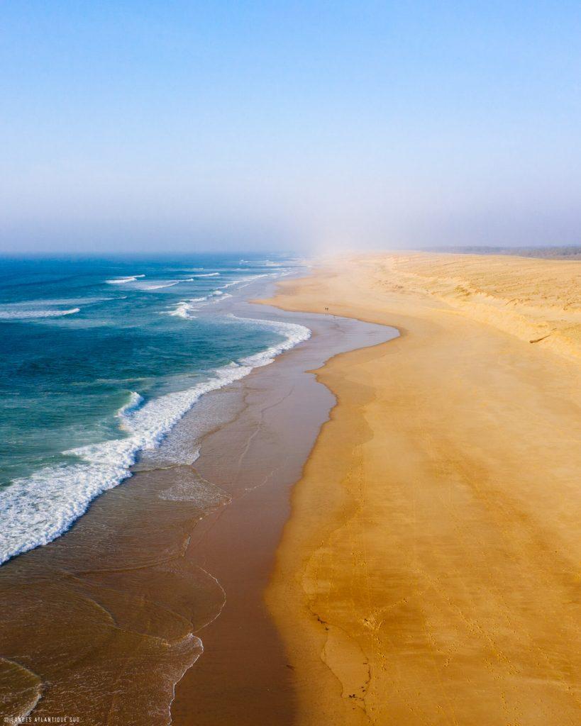 Plage du sud des Landes : océan et sable fin à Messanges