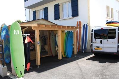 Ocean surf school2