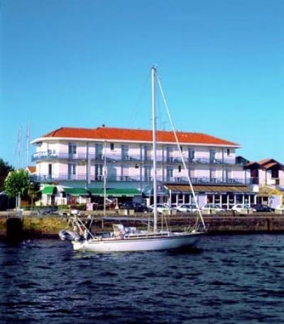 Hotel Océan Capbreton façade et voilier
