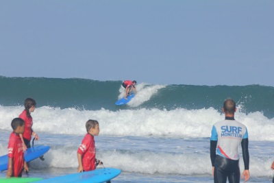 Ocean surf school8