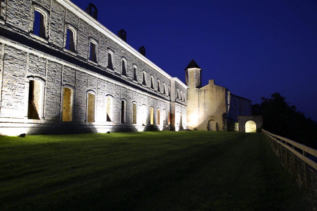 AbbayedeSorde-nocturne2018-terrasse
