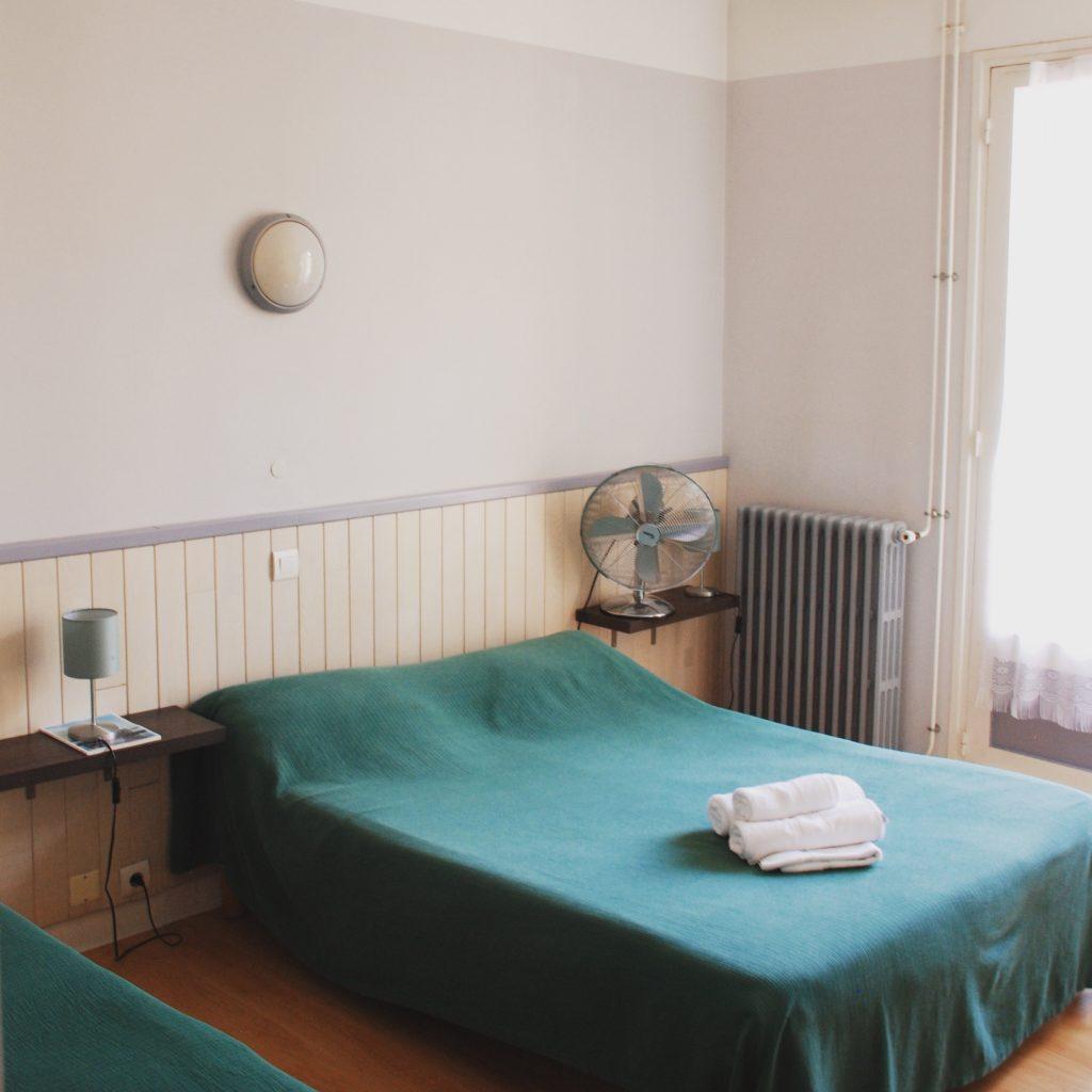 chambre-hotel-la-pergola-capbreton—credits-Lucien-Krummenacker