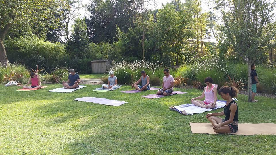 yoga-jardin-public